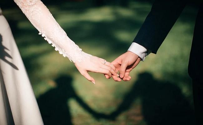 casarse recién divorciada-